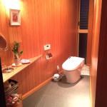 モデルルーム用のトイレを使用できるように工事完了!