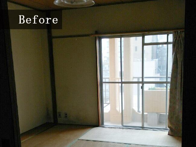 リフォーム前の寝室は和室だったため、ベッドが置けませんでした。ベッド派の方が多いためフローリングの寝室が人気です。